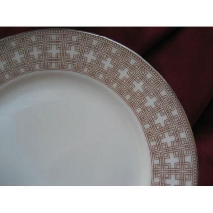 "Набор тарелок ""Беж"" на 6 персон 18 предметов"